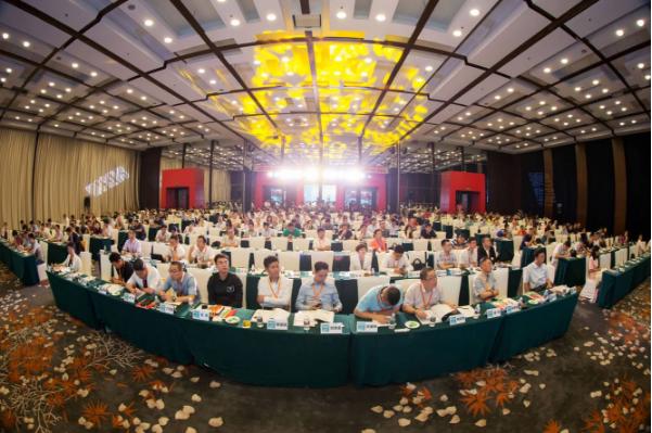 2016第八届中国鞋服行业供应链与物流技术研讨会暨2016首届全国鞋服物流经理人互动场隆重召开